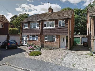 Yeoveney Close, Moor Lane, Staines-Upon-Thames