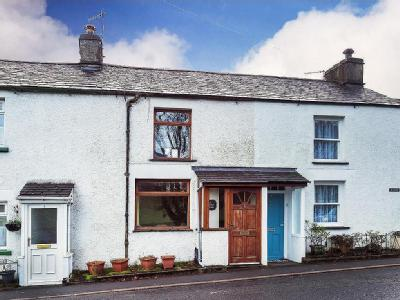2 Gatefoot Cottages, Windermere Road, Staveley, Kendal, Cumbria, LA8