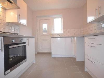 House to rent, Lobley Hill - Garden