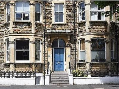2 bedroom flat for sale - No Chain