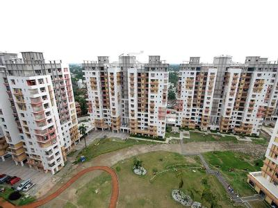 2 BHK Flat for sale, City West - Lift