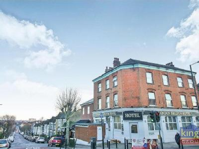 Property for sale, Wightman Road