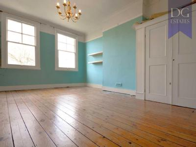 Osbaldeston Road - Double Bedroom