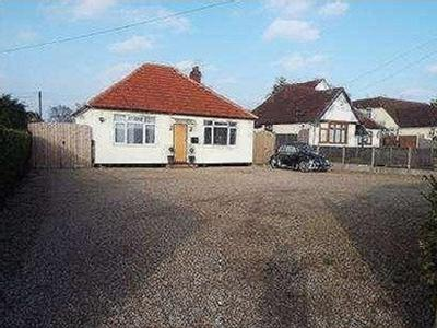House for sale, Clacton Road - Patio