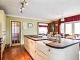House for sale, Woodend - Modern