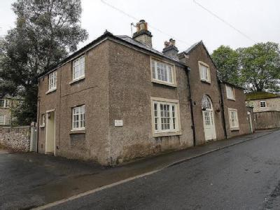 Park Lane Womersley Doncaster - House