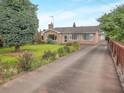 House for sale, Branches Lane - Patio