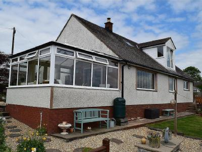 House for sale, Low Seaton - Garden