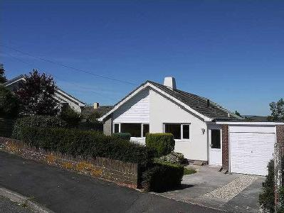 House to rent, Orchard Drive - Garden