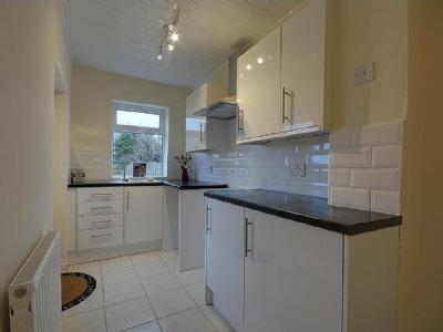 House to let, Russell Road - Garden