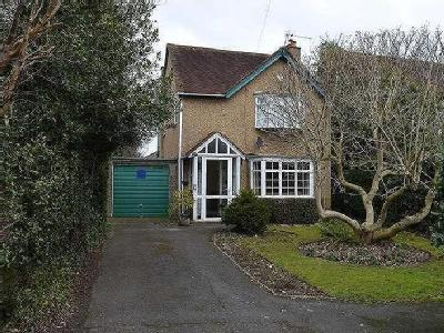 House for sale, Langley Road - Patio