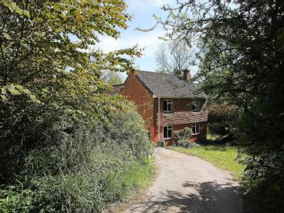 Twin Cottage The Avenue Bucklebury