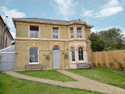 House for sale, New Road - Detached