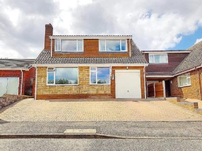 House for sale, Warstone Drive
