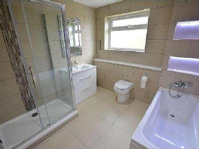 House for sale, Larch Way - Bungalow
