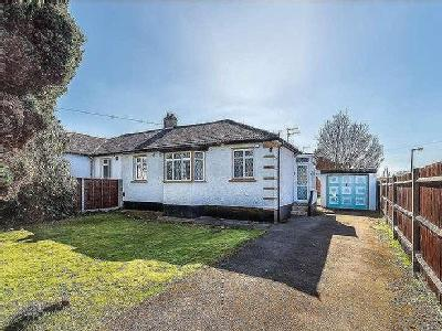 House for sale, Oundle Avenue