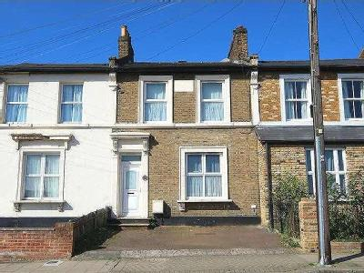 House for sale, Beadnell Road