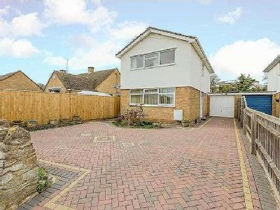 House for sale, Moorland Road - Patio