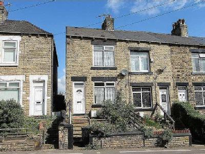 House to rent, Burton Road - Terraced