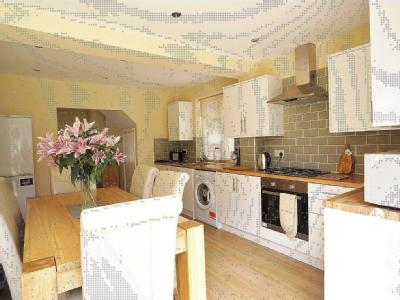 House for sale, Darnley Road - Patio