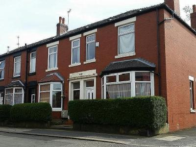 House for sale, Royds Street - Patio