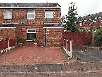 House for sale, Old Beeches - Garden