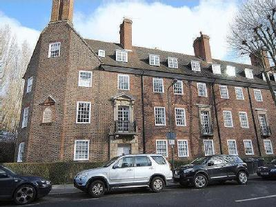 Temple Fortune Court, Temple Fortune Lane, Hampstead Garden Suburb NW