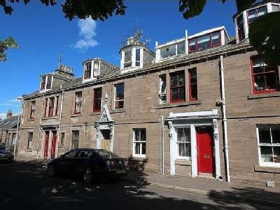 Wellington Place Montrose Dd - Listed