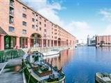Flat for sale, The Colonnades