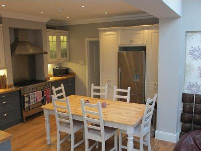 Flat to rent, Colwith Road - Garden