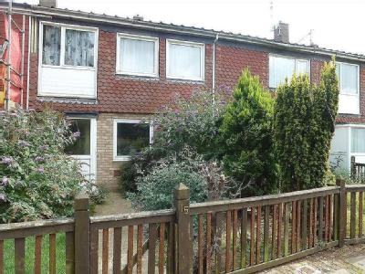 House to let, Tansor Garth - Patio