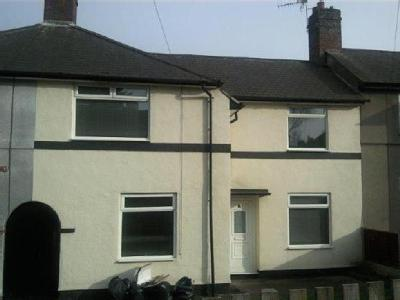 House to let, North Oval - Terraced