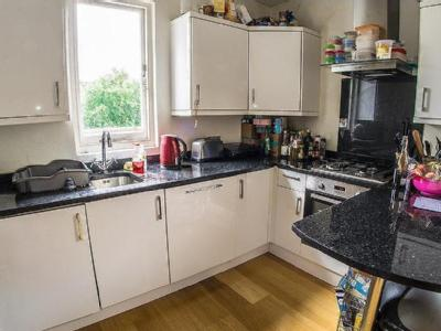 House to let, Parfrey Street