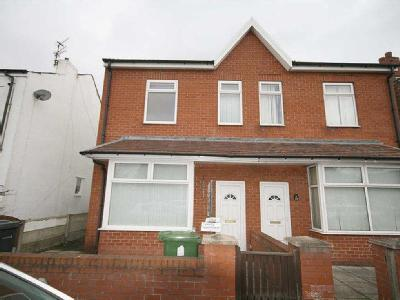 Property to let, Butts Lane - Modern