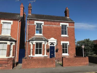 House for sale, Ombersley Road