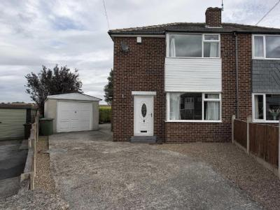 House to let, Kingsley Close - Garden