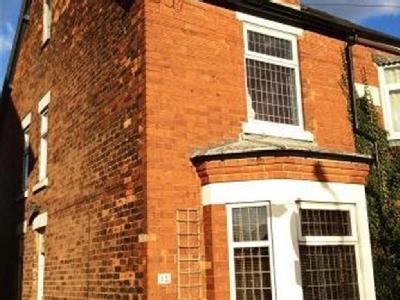 House to let, Holly Road - Modern