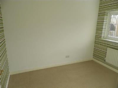 House to let, Wood Park View - Garden