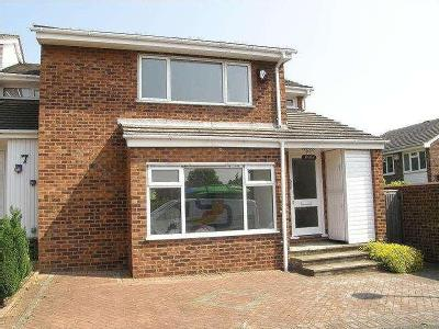 House to rent, Knolls Close - Garden