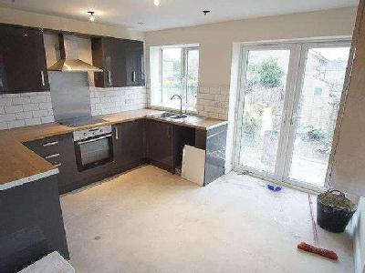 House to let, Clevedon Road - Terrace