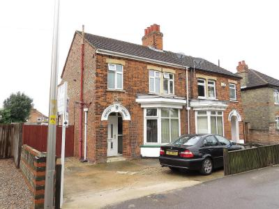House for sale, Park Road - Fireplace