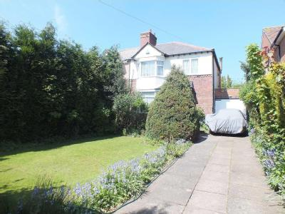 House for sale, Manor Road - Freehold
