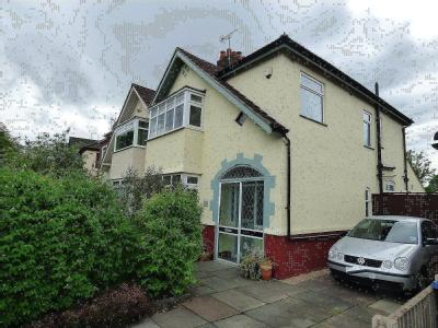 House for sale, Yew Tree Lane