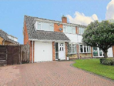 House for sale, Reindeer Road
