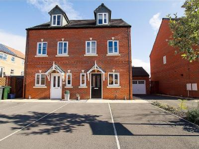 House for sale, Songthrush Way