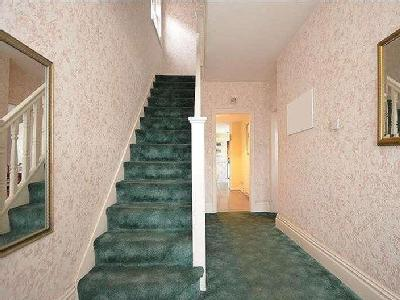 Herent Drive Clayhall Ilford - Garden
