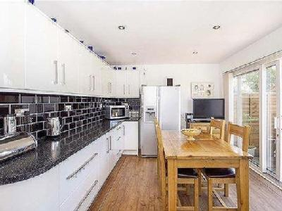 House for sale, Finch Road - Modern