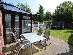 House for sale, Earlsway - Garden