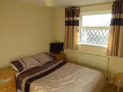 House for sale, Olivers Close