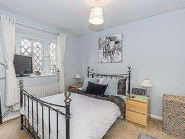 House for sale, Beckford Road - Patio